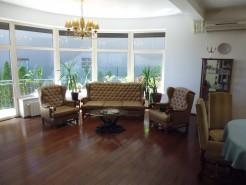 Casa de vanzare 7 camere zona Baneasa, Bucuresti 400 mp