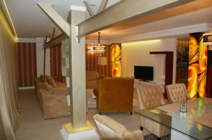 Apartament de inchiriat 4 camere zona Herastrau, Bucuresti 220 mp