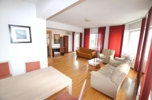 Apartament de vanzare 3 camere zona Aviatorilor, Bucuresti 135 mp