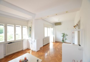 Apartament de vanzare 4 camere zona Unirii-Sfantul Stefan, Bucuresti 100 mp