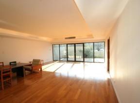Apartament de vanzare Bucuresti 3 camere zona Nordului 256 mp