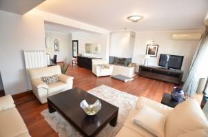 Apartament duplex de inchiriat 4 camere zona Piata Romana, Bucuresti 208 mp