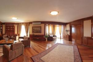 Apartament penthouse de vanzare 5 camere zona Herastrau, Bucuresti 437 mp
