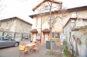 Casa de vanzare 5 camere zona Grozavesti, Bucuresti 170 mp