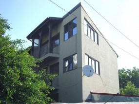 Casa de vanzare 5 camere zona Titan-Ozana, Bucuresti 215 mp