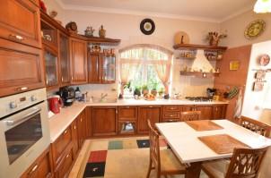 Casa de vanzare 6 camere zona Baneasa-Sisesti, Bucuresti 440 mp
