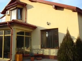 Casa de vanzare Bucuresti 5 camere zona Baneasa 450 mp
