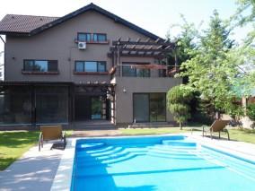 Vila de inchiriat 6 camere zona Pipera, Bucuresti 600 mp