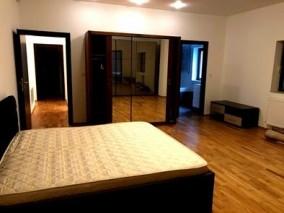Apartament de vanzare 3 camere zona Baneasa-Iancu Nicolae