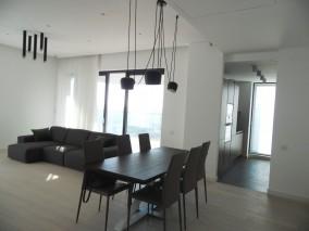 Apartament de inchiriat 4 camere zona Herastrau, Bucuresti 170 mp