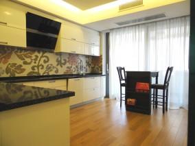 Apartament de inchiriat 4 camere zona Primaverii, Bucuresti 190 mp