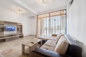 Apartament de vanzare 2 camere zona Decebal, Bucuresti 75 mp