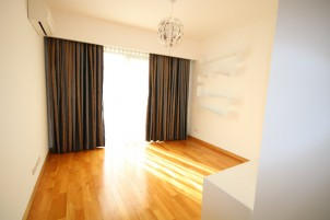 Apartment for sale 3 rooms Domenii area 187 sqm
