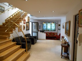 House for sale 10 rooms Domenii area, Bucharest 670 sqm