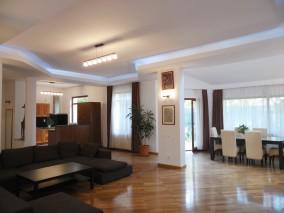 Vila de inchiriat 5 camere zona Iancu Nicolae - British School, Bucuresti