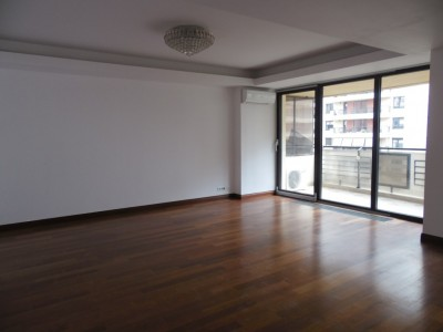 Apartment for rent 4 rooms Central Park, Bucharest