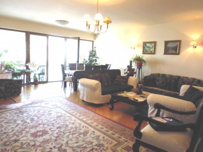 Apartament de inchiriat 4 camere zona Piata Romana, Bucuresti 220 mp