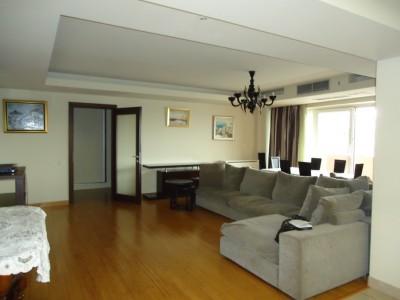Apartament de inchiriat Bucuresti 4 camere zona Eminescu-Romana 280 mp