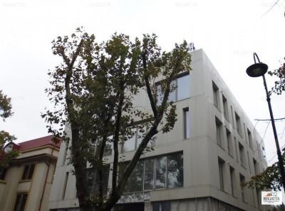 Apartament de vanzare 3 camere zona Dorobanti-Capitale, Bucuresti 137 mp