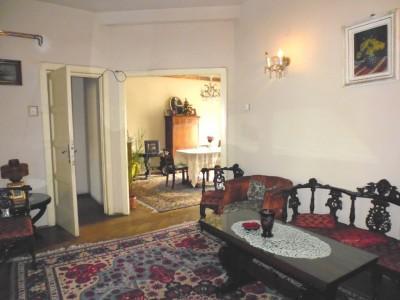 Apartament de vanzare 4 camere zona Carol-Rosetti, Bucuresti 126 mp