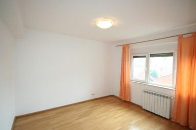 Apartament de vanzare 5 camere zona Nordului, Bucuresti 220 mp