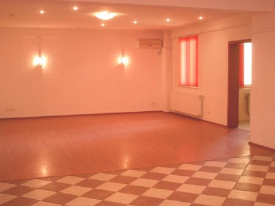 Apartament de vanzare Bucuresti 4 camere zona Floreasca 220 mp