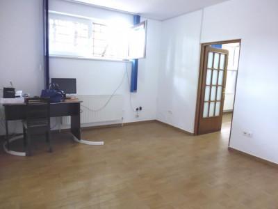 Apartament de vanzare in vila 3 camere zona Domenii, Bucuresti 63 mp