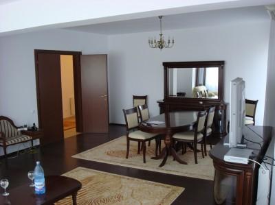 Apartament penthouse de vanzare 3 camere zona Politehnica-Virtutii, Bucuresti 170 mp