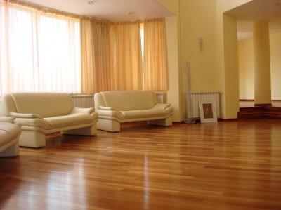 Casa de inchiriat 7 camere zona Baneasa-Jolie Ville, Bucuresti 550 mp