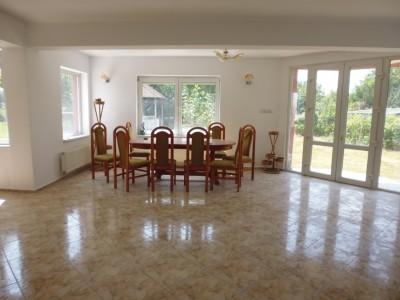 Casa de vanzare 5 camere Corbeanca 230 mp