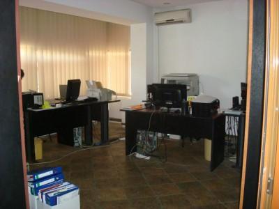 Vila de vanzare 5 camere Bucuresti zona Dacia