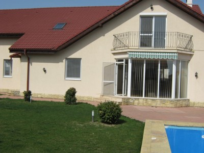 Villa for rent 6 rooms Iancu Nicolae area, Bucharest