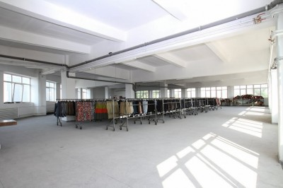 Spatii productie si depozitare de vanzare zona SE Bucuresti, 3.200 mp
