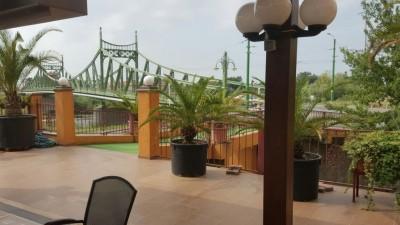 Hotel de Vanzare in Vestul Tarii, 5250mp