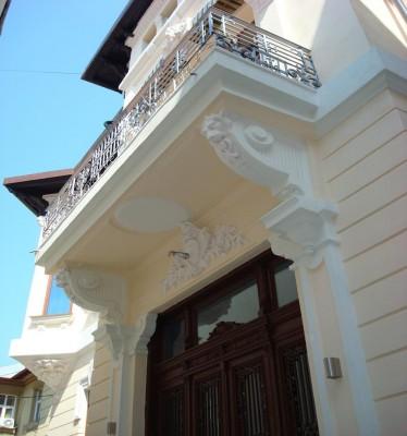 Imobil de birouri de vanzare 15 camere zona Universitate-Magheru, Bucuresti 729 mp