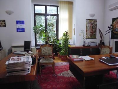 Imobil de vanzare 10 camere zona Carol-Armeneasca, Bucuresti 341 mp
