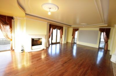 Apartament penthouse de vanzare 4 camere Otopeni 350 mp