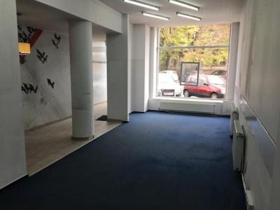 Spatiu comercial de inchiriat zona Kogalniceanu, Bucuresti 90 mp