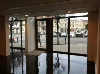 Spatiu comercial de vanzare inchiriat, zona ultracentrala, Cluj-Napoca