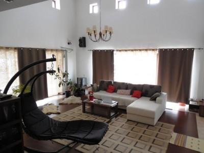 Vila de inchiriat 5 camere zona Pipera, Bucuresti 450 mp