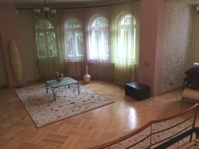 Vila de inchiriat 7 camere zona Calea Grivitei - Dacia, Bucuresti