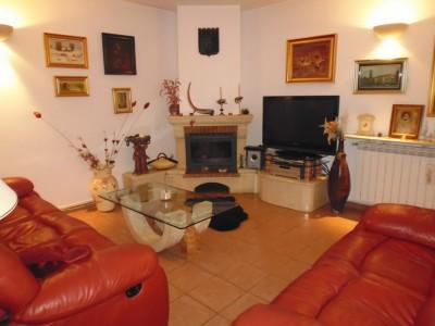 Vila de vanzare 6 camere zona Bucurestii Noi, Bucuresti 340 mp