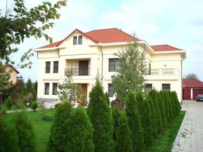 Vila de inchiriat 5 camere zona Corbeanca Bucuresti 500 mp