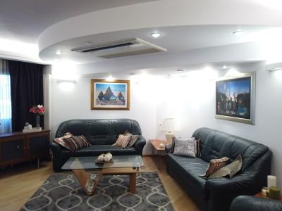 Apartament 2 camere de vanzare zona Unirii, Bucuresti 105 mp