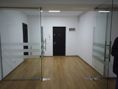 Apartament 3 camere de vanzare zona Tineretului, Bucuresti 105 mp