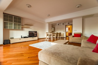 Apartment for rent 2 rooms Romana Square area, Bucharest 105 sqm