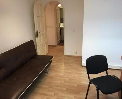 Apartament de inchiriat 3 camere zona Alba Iulia, Bucuresti 100 mp