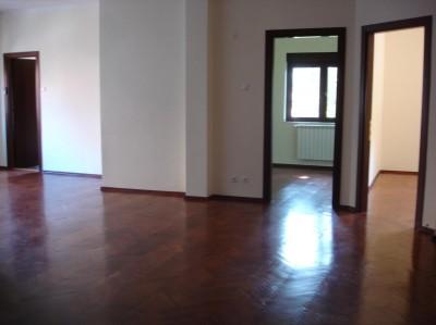 Apartament de inchiriat 3 camere zona Dorobanti Capitale, Bucuresti 120 mp