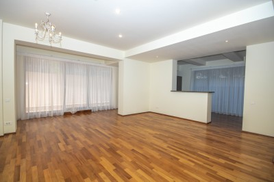 Apartament de inchiriat 3 camere zona Herastrau, Bucuresti 228 mp
