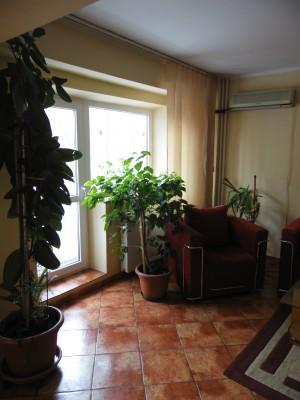 Apartament de inchiriat 3 camere zona Piata Victoriei, Bucuresti
